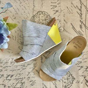 Juicy Couture Jersey Gray & Neon Wedge Heels